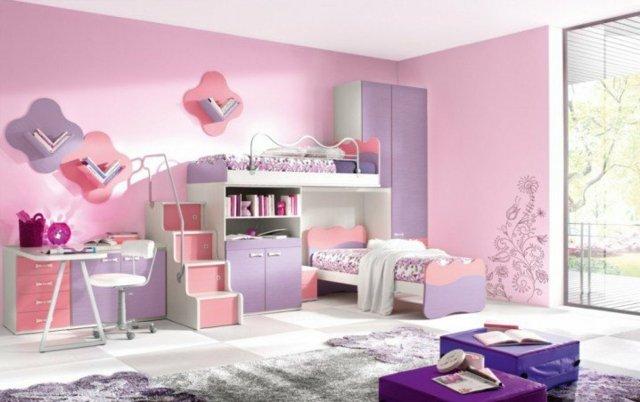 детска стая две момичета интериорен дизайн лилаво розово
