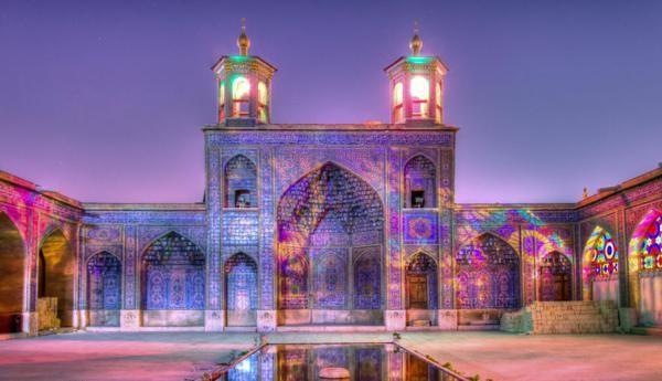 djamiq v rozovo iran Nasir ol-Mulk eksterior
