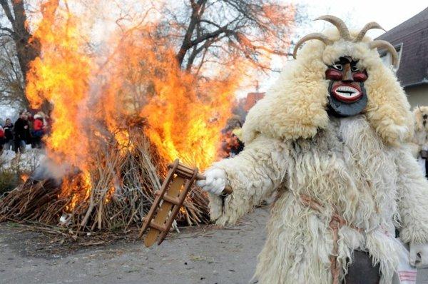 festivali po sveta kukeri maski ungariq