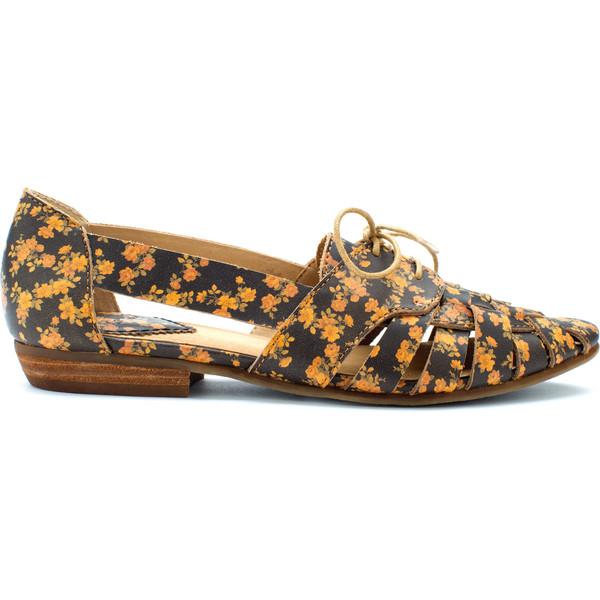 flora ravni obuvki proletni