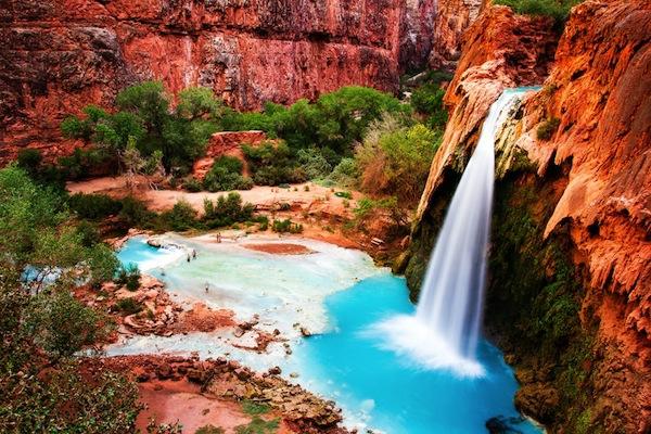 vodopada havasu v grand kanion