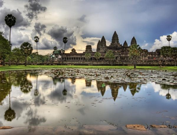 postroika hram kambodja angkor vat