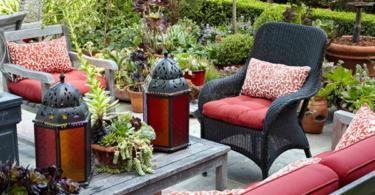 Идеи за дизайн на двор с удобства и акценти
