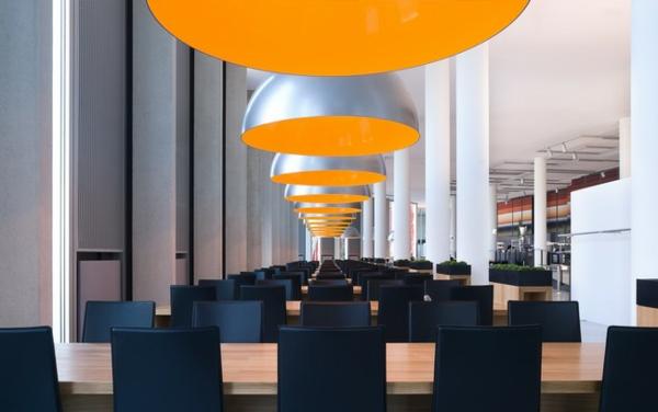 zala ofis oranjevi polilei