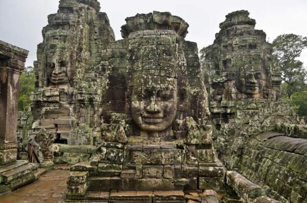 kamak kambodja hram skulpturi khmer