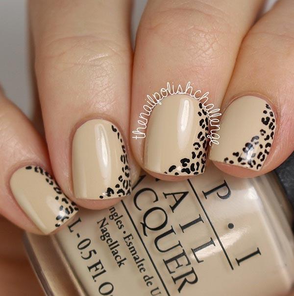 leopardov print manikiur kasi nokti