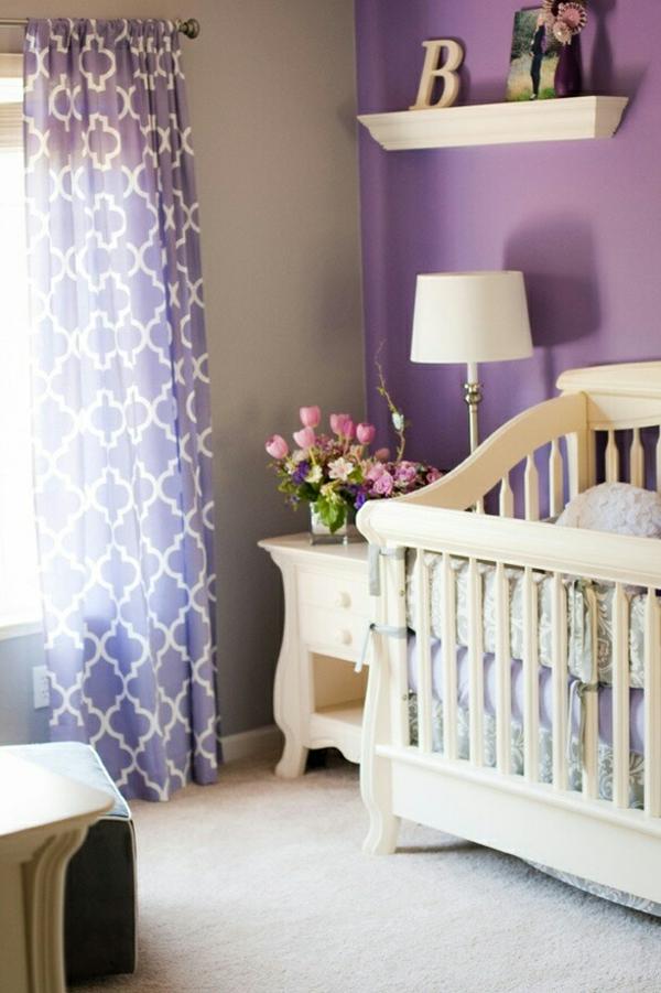 цветове за бебешка стая момиче лилаво бяло