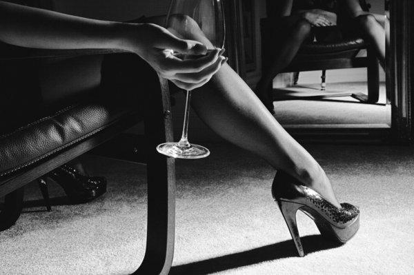 london jena vino divan