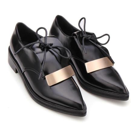 niski obuvki ejednevni cherni s vrazki