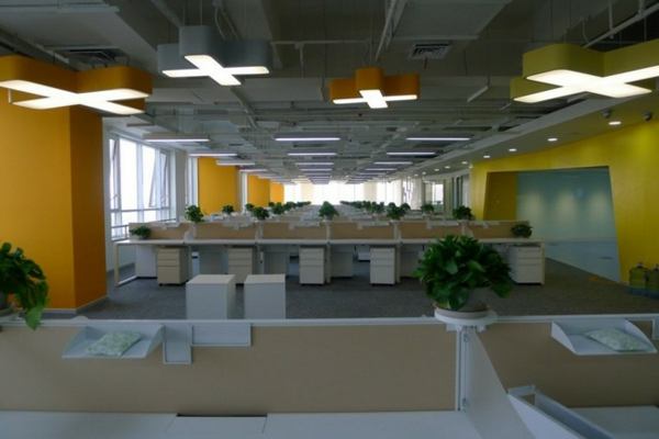 prozorci ofisi biura interior lampi