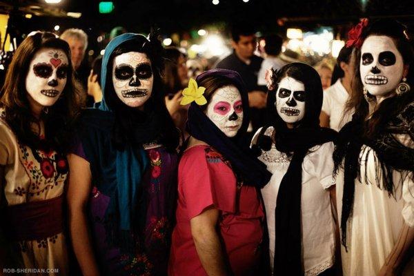 po sveta maski festivali meksiko