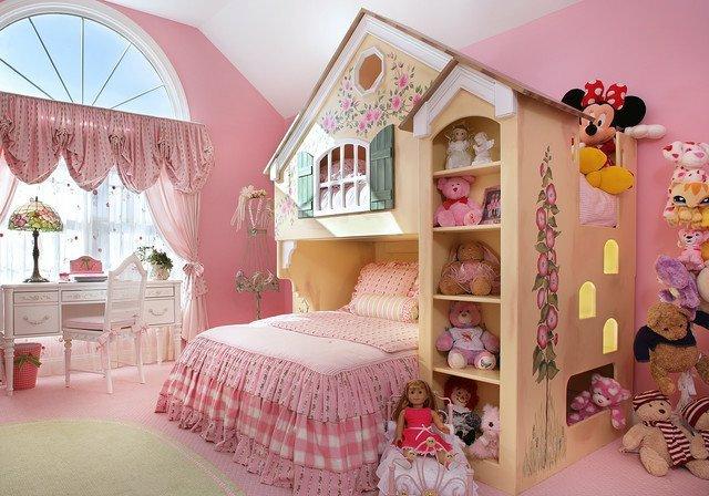 детска стая малки принцеси момичета розово обзавеждане