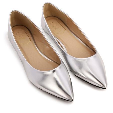 srebristi ravni obuvki pantofi