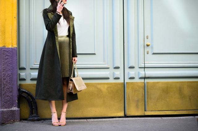 street-style milano esen palto pola plise