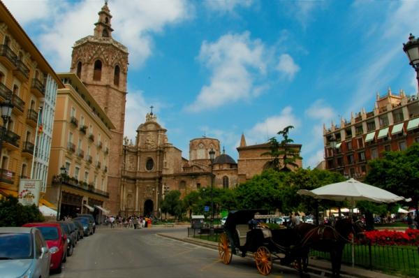 valensiq ploshtad Plaza del Reina faiton