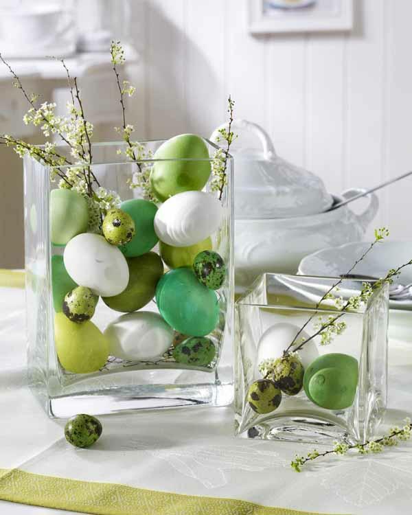 velikdenska dekoraciq masa zeleni qica bqla pokrivka