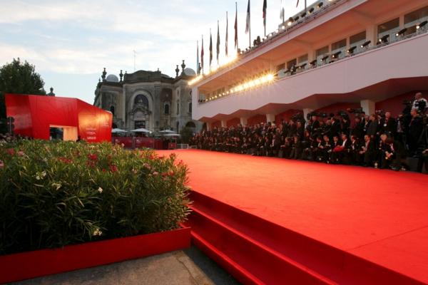 veneciq festival filmov cherven kilim