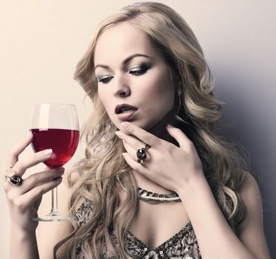 zdravoslovni napitki za krasota vino