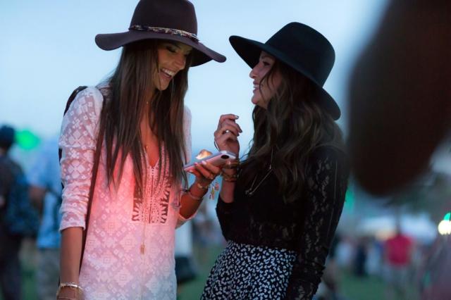 фестивални визии летни-шапки