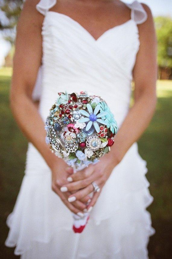 bulchinski buket broshka svatba cvetq fotografiq