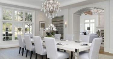 Елегантен интериорен дизайн на трапезарии в бяло