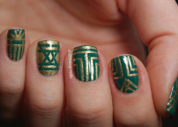 dizain manikiur zeleno linii zlatisto