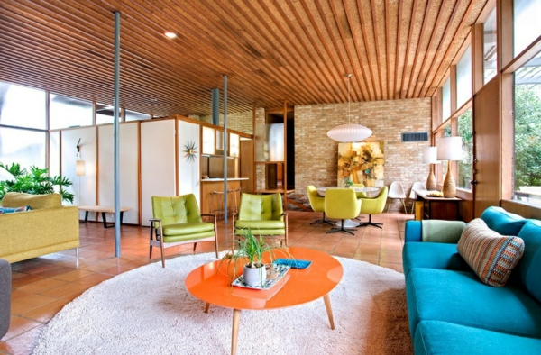 dom interior dizain saveti idei obzavejdane hol divan sinio zeleno oranjevo