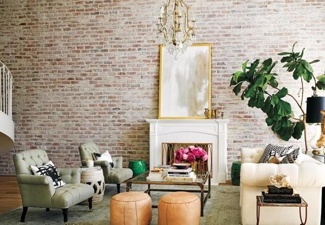 dom interior apartament vsekidnevna obzavejdane kartina kamina divan