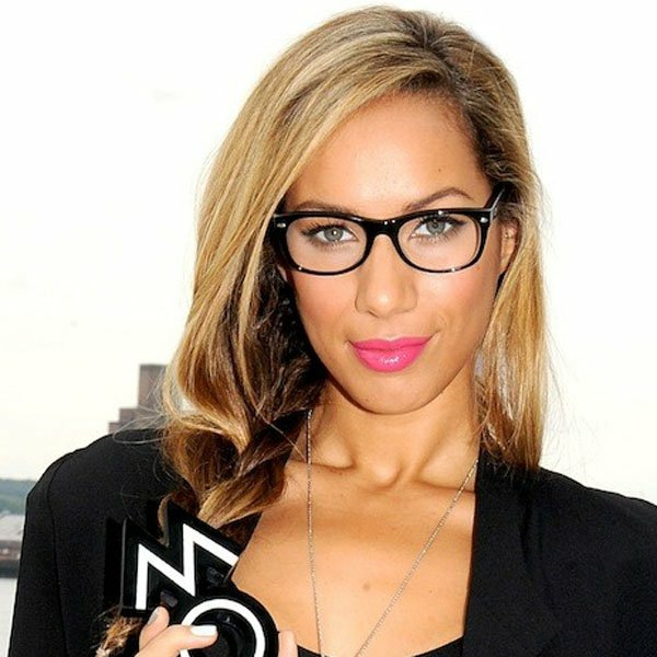 грим за дами очила розово червило леона луис