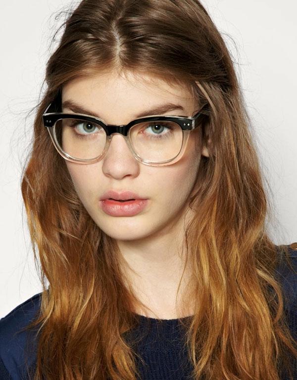 грим за дами очила спирала гланц устни