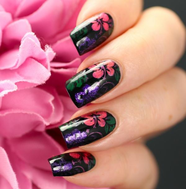 idei manikiur prolet cvetq dizain nokti cherno rozovo