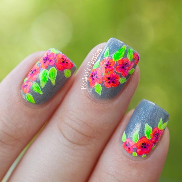 idei prolet manikir dizain cvetq nokti sivo cherveno zeleno