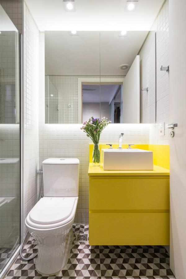 interior apartament toaletna obzavejdane banq toaletna jalto bqlo