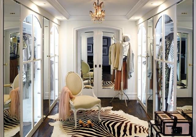 interior garderob loran konrad dom obzavejdane