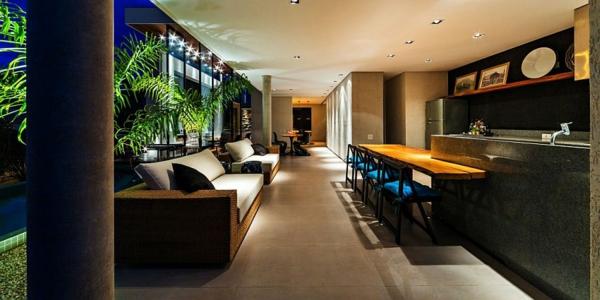 kashta moderna obzavejdane interior divani svetlini bar