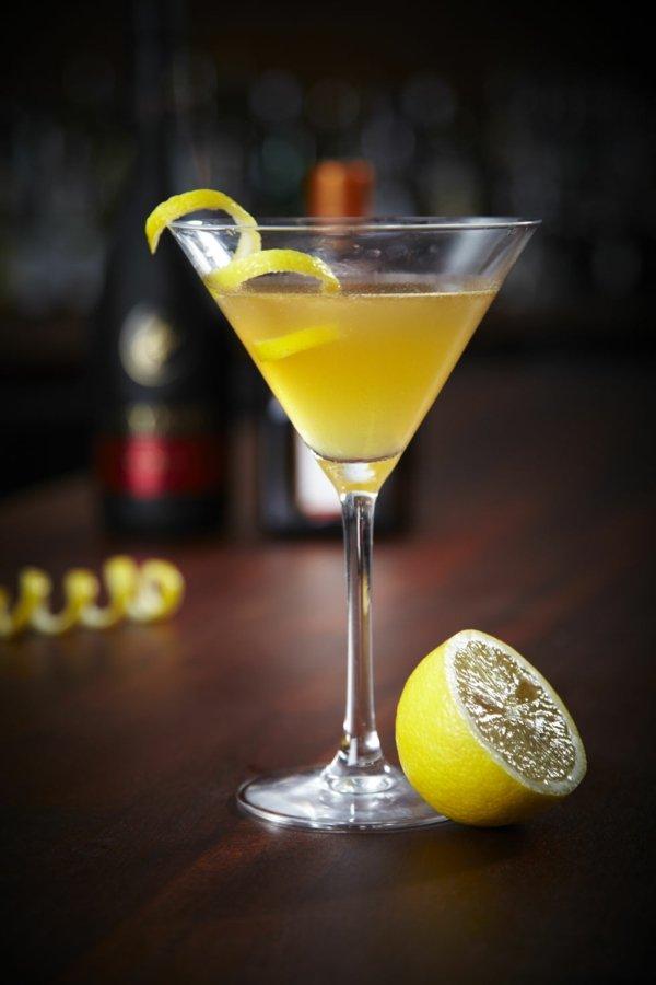 kokteil saidkar konqk limon
