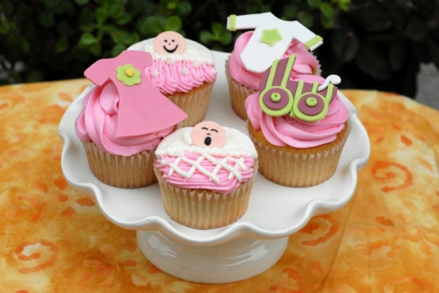 mafini rozovi bebeshko parti momiche ideq