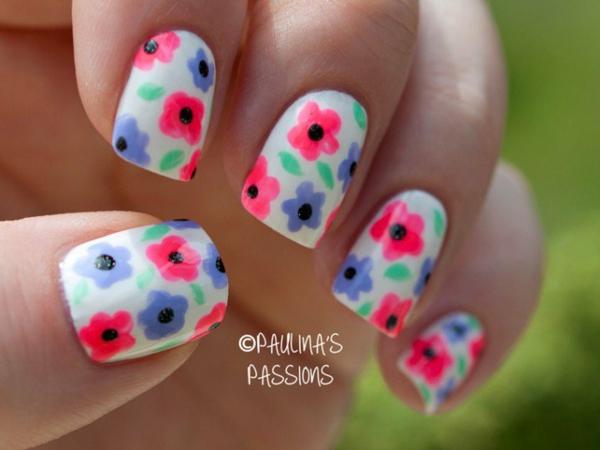manikiur idei cvetq prolet dizain nokti rozovo lilavo bqlo