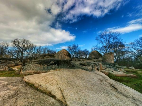 peizajna fotografiq beglik tash bulgaria stancho bodurov