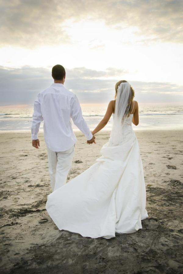 plaj more mladojenci svatbeni snimki fotografiq