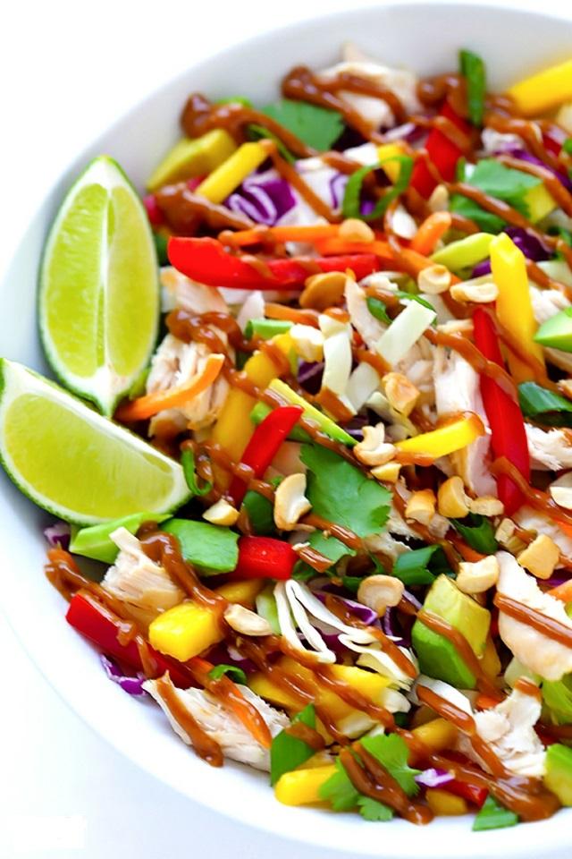 recepta tailandska pileshka salata