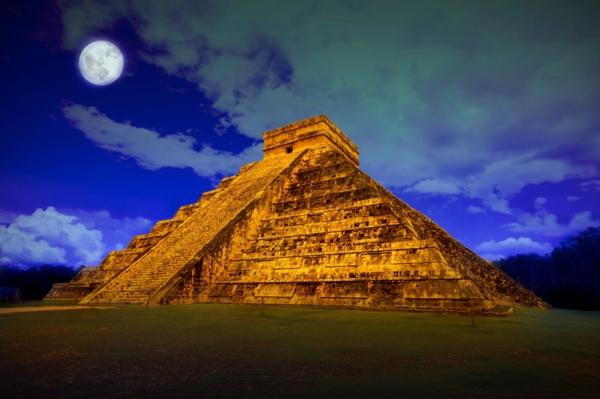 sedemte chudesa piramida chichen Itza meksiko iukatan