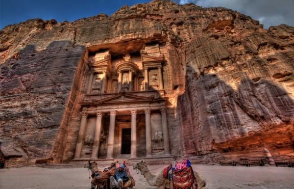 sedemte chudesa ruini petra iordaniq skali
