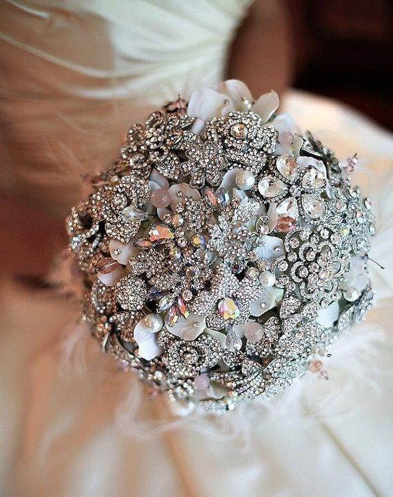 svatba bulchinski buket broshka kristali moderen
