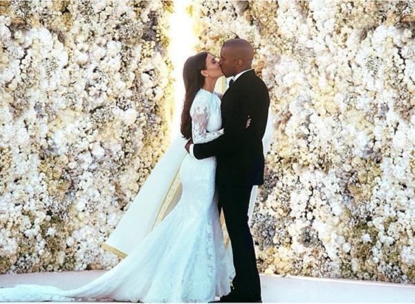 сватба младоженци фотография ким кардашиян кание уест