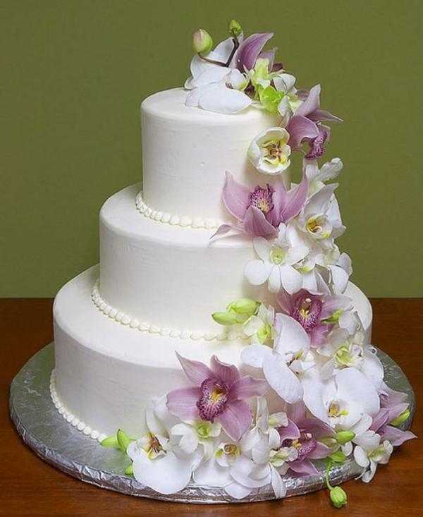 сватбена торта 2015 с цветя