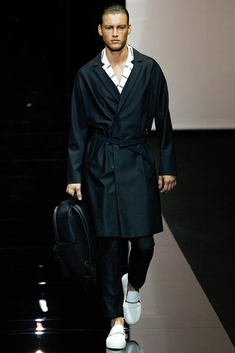 tendencii majka moda armani prolet
