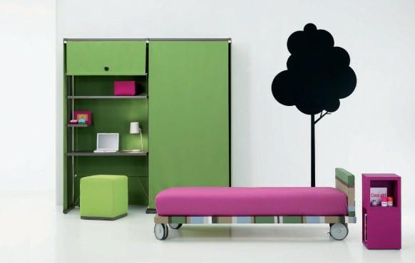 staq spalnq obzavejdane tineidjarr interior zeleno garderob leglo rozovo