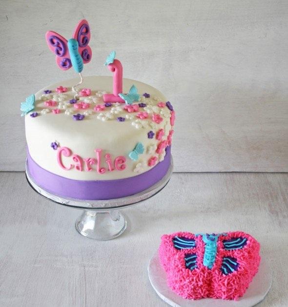 торта за първи рожден ден на момиченце бяло лилава
