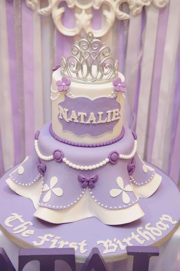 лилава торта за първи рожден ден на момиченце